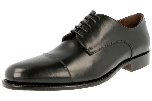 5be8f9761fab56 DERBY schwarzer Lederschuh von Prime Shoes im Derby Stil